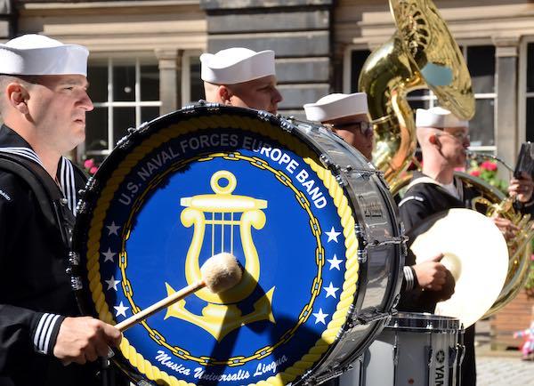 Concerto Pro Terra Santa della Banda Musicale della NATO in Piazza Duomo
