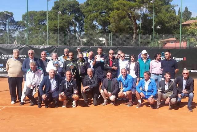 Ussi Toscana vince il primo Campionato italiano di tennis a squadre per giornalisti