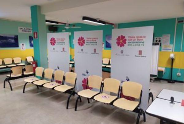 Campagna vaccinale over 80. Tutto pronto per accogliere i primi 198 cittadini già prenotati