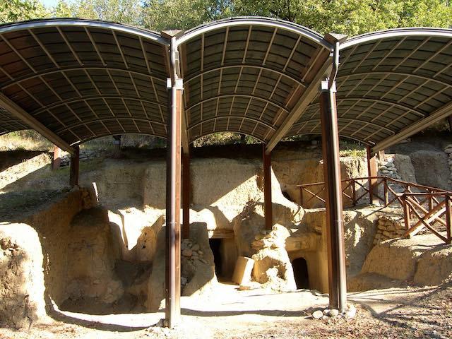 Necropoli del Vallone, di un principe e rappresentante religioso i resti della nuova tomba