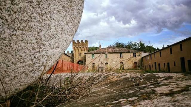 """Il colonello Giuliacci ricorda Salci. """"Mio natio borgo medioevale, che triste fine!"""""""