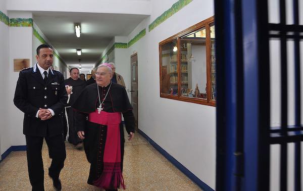 Vescovo in visita ai detenuti della Casa Circondariale