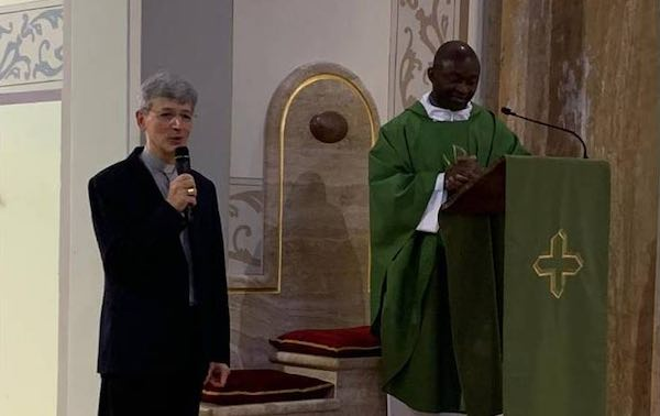 Il nuovo vescovo visita a sorpresa la Parrocchia di Fabro Scalo