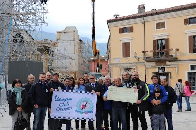 La solidarietà del Vespa Club Orvieto arriva a Norcia