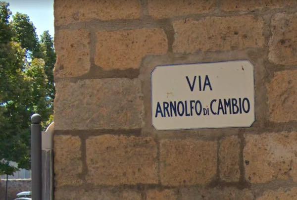 Riapre parzialmente al traffico Via Arnolfo di Cambio