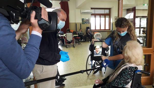 Telecamere Rai a Villa Serena per documentare le misure di sicurezza adottate