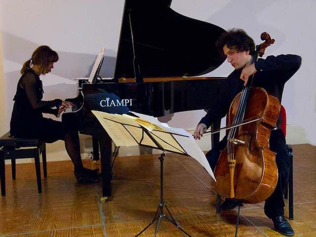 """A """"The Moonlight Concerts"""", il violoncello romantico"""