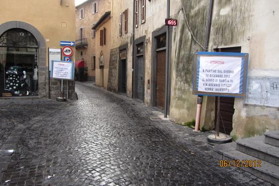 """Cambio di senso di marcia in Via Vitozzi. Conticelli: """"decisione insensata e non partecipata"""""""