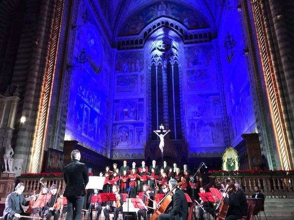 """Concerto di Natale in Duomo, si esegue il """"Gloria in Re M"""""""