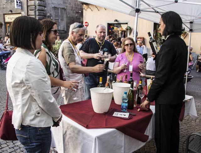 """Pro.t.eco su Wine Show: """"Dal Comune di Orvieto solo falsità"""""""