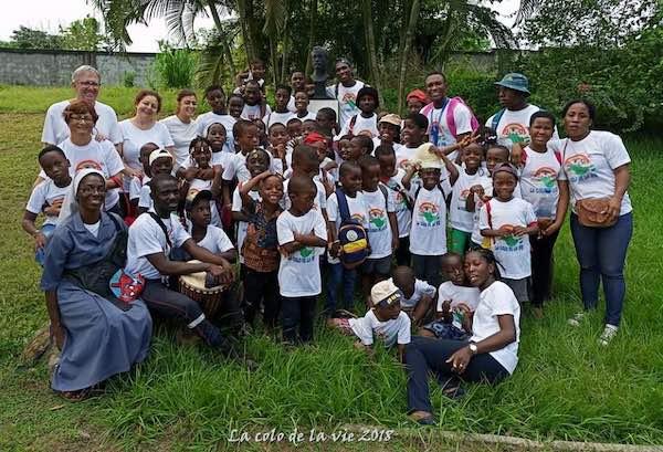 World Medical Aid cerca animatori volontari per un campo scuola in Costa d'Avorio