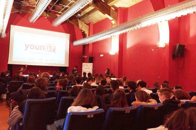 """L'Istituto """"Dalla Chiesa"""" in evidenza al Young G7 di Terni"""