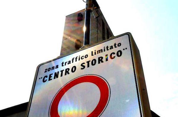 Manciano e Montemerano, centri storici chiusi al traffico